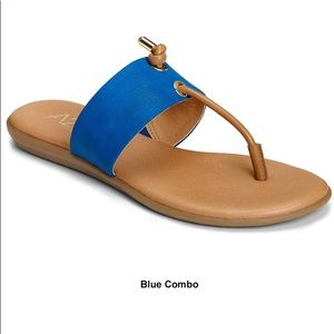 Aerosoles Chlear Sight Blue sandals 8.5